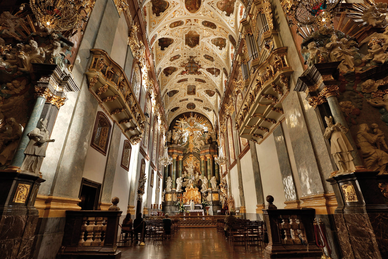 referencebook_DiDonato_santuario-Czestochowa_Polonia_01